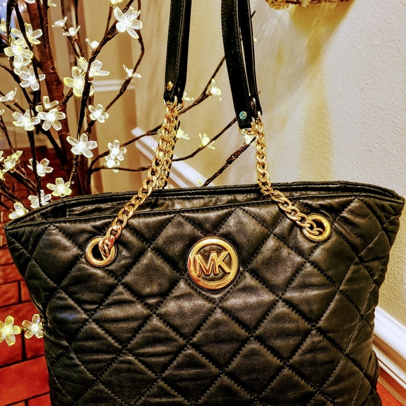 Michael Kors Handbags - Authentic Michael Kors Quilted Handbag-Tote